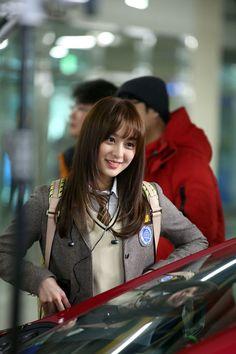Kim Ji Won on Check it out! Female Actresses, Korean Actresses, Korean Actors, Actors & Actresses, Korean Drama Stars, Korean Star, Korean Celebrities, Celebs, Ulzzang