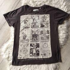 Vintage Nike, The Magicians, Air Jordan, The North Face, Mens Tops, T Shirt, Supreme T Shirt, Tee, Air Jordans