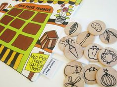 Mama May i - Handmade Learning Toys · Flip Mat - Market