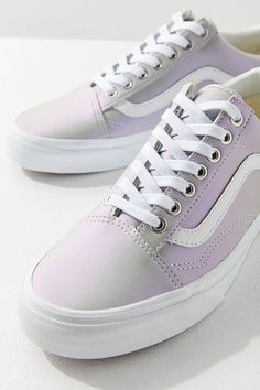 9192ebb3a04 Slide View  1  Vans Iridescent Old Skool Sneaker Vans Tennis Shoes