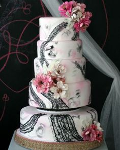 French Black Lace & Pink Wedding Inspiration...cool cake!