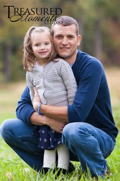Outdoor, Fall family portrait session ~ Ledges State Park, Iowa family portraits. Dad and daughter pose