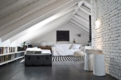 Fetching Attic remodel contractor,Attic renovation with trusses and Attic storage bags. Attic Bedroom Designs, Attic Design, Bedroom Loft, Interior Design, Loft Room, Bedroom Decor, Loft Design, Bedroom Kids, Master Bedroom