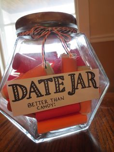30 Dates in a Jar! Color coordinate for which dates are Free Dates (orange), $2 dates with $2 rolled inside (coral) and More Expensive Dates (red)! #marriage #dating #anniversary #gift