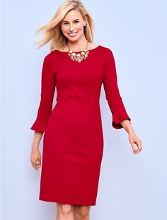 Supple yet sophisticated, this beautiful dress with flutter sleeve details is flattering, refined and ready for anything. Classic Outfits, Stylish Outfits, Classic Style, Work Attire, Office Attire, Professional Outfits, Beautiful Dresses, Beautiful Clothes, Vintage Dresses