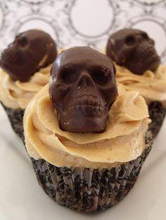 Spirit halloween contest...boo!!!:)(veronica d) Chocolate skull cupcake