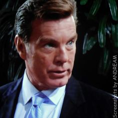 Jack tells Phyllis that he and his family are 100% behind Abby...but that they have to find her!