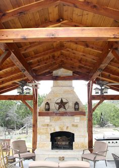 Time to live outdoors! A #Texastimberframe outdoor kitchen!