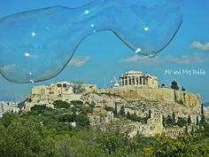 Bubbles in Athens, Bubble Performing, Acropolis, Athens