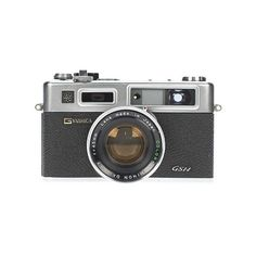 Yashica Electro 35 Arigato, Japan! ❤ liked on Polyvore featuring camera, fillers, accessories, electronics, other and backgrounds