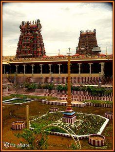Meenakshi Amman Temple ~ Madurai, India