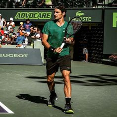 Agassi federer intimidating synonyms
