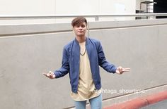 Ronnie Alonte, Denim Button Up, Button Up Shirts, Pinoy, Hashtags, Bands, Singer, Actors, Twitter