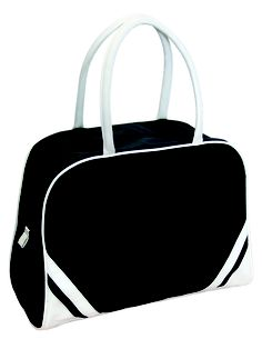 Perfect as a gym bag, fitness bag or sports bag! Very trendy! Sports Bags, Pumped Up Kicks, Gym Bags, Bowling Bags, Sporty Style, All Things Beauty, Bag Sale, Birthday Wishes, Travel Bags