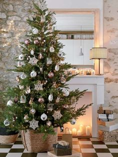 Discover Christmas tree inspiration from the Authentic Christmas collection Rose Gold Christmas Decorations, Small Christmas Trees, What Is Christmas, Christmas Tree Design, Xmas Tree, Christmas 2019, Holiday Decor, Cozy Christmas, Christmas Tree Inspiration