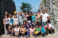 """Terza campagna di scavo organizzata dal Dipartimento di Lettere e Beni Culturali della SUN. Si svolgerà nel sito di Monte Santa Croce, """"che si trova a Piana di Monte Verna, a Caserta. ..."""