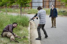 Why did Ron Anderson want to learn how to shoot a gun during the fifth episode of The Walking Dead's sixth season on AMC? Description from undeadwalking.com. I searched for this on bing.com/images