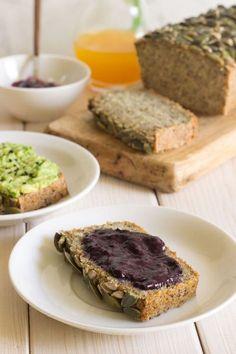 Pan de quinoa y chía sin gluten Real Food Recipes, Sweet Recipes, Cooking Recipes, Yummy Food, Foods With Gluten, Gluten Free Recipes, Vegan Recipes, Healthy Snaks, Base Foods