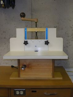 Horizontal Router Table from scraps