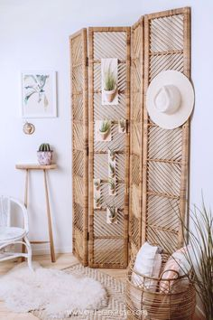 Create a boho desert oasis in your home with these rustic ceramic wall planters by Carter & Rose. These vessels come with an air plant and are ready to mount for an easy update to any home. View the e Boho Bedroom Decor, Boho Decor, Bedroom Décor, Modern Bedroom, Decor Room, Bedroom Ideas, Home Decor Styles, Diy Home Decor, Decor Crafts
