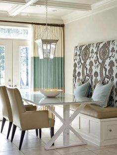 Love this Kitchen banquette seating area! Next house banquette seating! Kitchen Breakfast Nooks, Kitchen Nook, Kitchen Dining, Nice Breakfast, Taupe Kitchen, Kitchen Decor, Pastel Kitchen, 70s Kitchen, Kitchen Cabinets