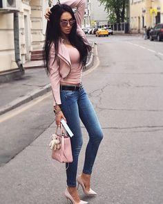 Beautiful Russian woman Olesya Malinskaya wearing stylish and lovely outfit styled with baby pink and denim. #outfit #stylish #babypink #pink