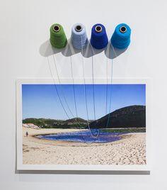 A través de la fotografía, la artista ha registrado espacios que ha habitado por largas estancias. Con esta técnica su experiencias quedar...