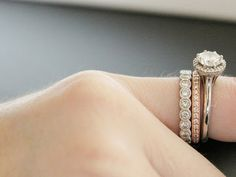 stack - I'd love to get some mismatches bands to wear as my wedding bands Yes! Love this idea. A fancy rose gold and diamond band and a plain matching platinum band for me please! Mismatched Wedding Bands, Stacked Wedding Bands, Wedding Ring Bands, Stella Dot, Veronika Blushing, Stella And Dot Jewelry, Bridesmaid Jewelry Sets, Anniversary Bands, Diamond Are A Girls Best Friend