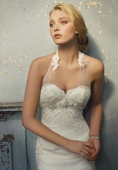 2013 New Style Halter Embroidered Lace Sheath Sexy Bridal Dress