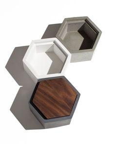 Hexagon Concrete Box with Walnut lid / Minimalist Home Decor/Jewelry Box - house decoration ideas Concrete Cement, Concrete Furniture, Concrete Crafts, Concrete Projects, Concrete Design, Hexagon Box, Homemade Modern, Design Industrial, Beton Design