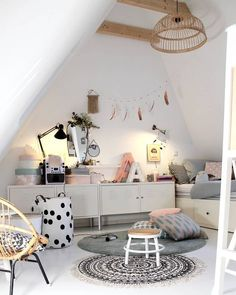 Awesome Schlafzimmer Ideen Unterm Dach that you must know, Youre in good company if you?re looking for Schlafzimmer Ideen Unterm Dach Pink Bedroom For Girls, Small Room Bedroom, Little Girl Rooms, Bedroom Decor, Bedroom Ideas, Tumblr Rooms, Kids Room Design, My New Room, Room Inspiration