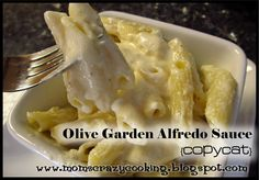 Olive Garden Alfredo Sauce {copy cat} recipe found at Budget Savvy Diva 1 pkg Pasta (we like penne, instead of fettuccine) 1 stick of butter 1 clove of minced garlic 1 pint of heavy cream 1 cup of fresh Parmesan cheese 2 tbsp cream cheese 1/4 tsp salt 1/2 tsp white pepper