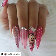 Mickey Nails, Minnie Mouse Nails, Perfect Nails, Gorgeous Nails, Pretty Nails, Disney Acrylic Nails, Best Acrylic Nails, Fall Nail Art Designs, Cute Nail Designs