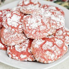 Strawberry Cool Whip Cookies   Skinny Mom   Where Moms Get The Skinny On Healthy Living  less than 200 calories for THREE cookies.