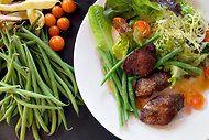 French chicken liver salad