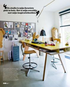 Christie Chase: Standing desks. Love the pop of color on top and the chairs. AND the storage inside the table