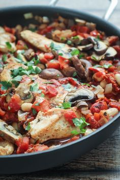 Tuscan Chicken Skillet - the perfect one-pan meal!  Just a waning: the ads in this link's mobile site are annoying!  But the recipe looks delish!