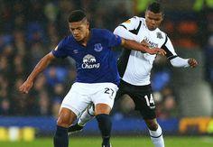 Europa League can help Everton develop,say Roberto Martinez