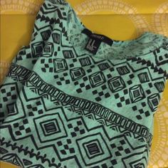 Tribal Design Top Like new - only used like two times - tribal design- baby green with black - cute to wear with high wasted shorts Forever 21 Tops Tees - Short Sleeve