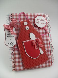 Como fazer um caderno de receitas como papel e fitas Scrapbook Paper Crafts, Scrapbooking, Foam Crafts, Diy And Crafts, Homemade Recipe Books, Scrapbook Recipe Book, Notebook Cover Design, Decorate Notebook, Paper Piecing