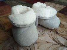 Boys' Shoes Clothing, Shoes & Accessories Orderly Mothercare First Steps Suede Boots Infant Size 3