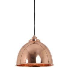 Wauw! Deze mooie hanglamp Kylie in de trendkleur rosé goud is gemakkelijk te combineren in meerdere interieurs. Hanglamp Kylie rosé goud is vervaardigd van metaal en heeft dezelfde kleur binnenkant. De lamp heeft een diameter van 30cm en een hoogte van 26cm. Hanglamp Kylie is in meerdere kleuren en verschillende maten te verkrijgen! Deze gave hanglamp is afkomstig van het merk Light & Living. Wij zijn dol op dit prijsje!