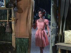 Gilligan's Island Giligans Island, Island Girl, Female Actresses, Actors & Actresses, Mary Ann And Ginger, Timeless Beauty, Classic Beauty, Old Tv Shows, Vintage Gowns