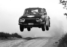 Skoda 110 Rally #skoda #skodaobornicka #skodapoznań Rally Car, Car Car, Rallye Automobile, Car Makes, Sport Cars, Cars And Motorcycles, Vintage Cars, Classic Cars, Racing