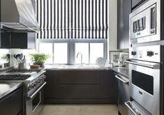 Apartamento Luiz Ricardo Bick e William Simonato (Foto: Ruy Teixeira ) Decor, House, Decor Design, Kitchen Cabinets, Cabinet, Kitchen, Sweet Home