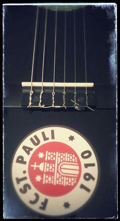 Meine Gitarre-es lebe St.Pauli