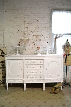 Hey, I found this really awesome Etsy listing at https://www.etsy.com/listing/219397886/painted-cottage-chic-shabby-romantic