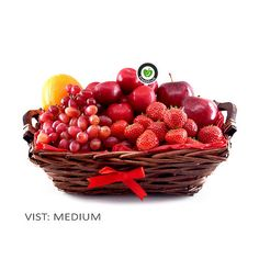 This gift basket is brimming with fresh and tasty fruit like red apples, plums, purple grapes, strawberries and oranges. Freshly made and delivered to the door in Norway!