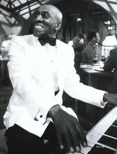 """Benjamin Sherman """"Scatman"""" Crothers (May 1910 – November was an American actor, singer, dancer and musician. Sparkling elegance and joy personified. Famous Black People, Scatman Crothers, Important Inventions, African American Actors, The Boogie, Thin Lizzy, Aristocats, James Brown, Jazz Blues"""