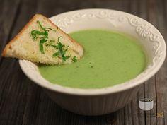Supa crema de dovlecei si mazare cu leurda